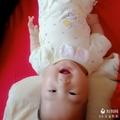 新生儿打喷嚏鼻塞图片